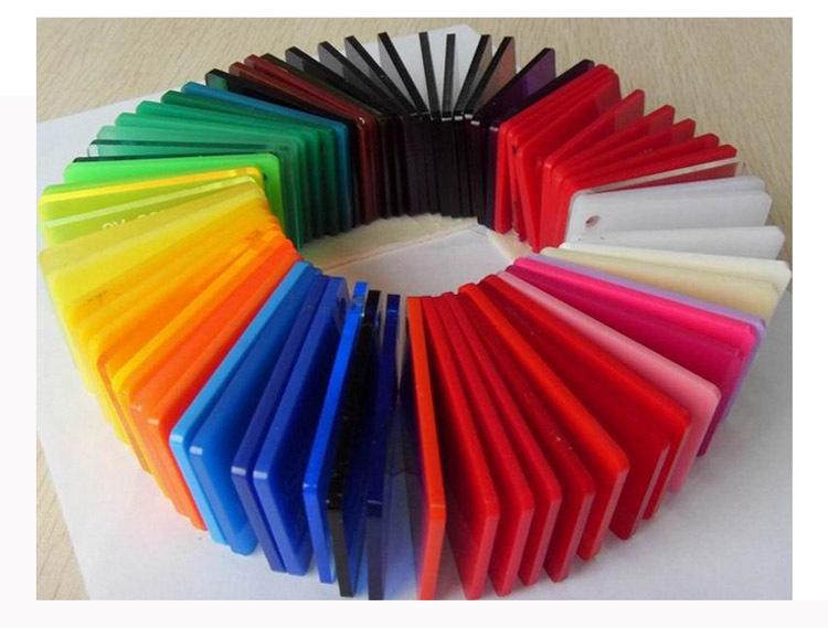 màu sắc acrylic